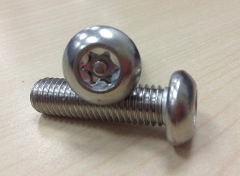 ISO 7380 hexalobular pin